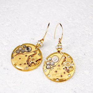 Gold dangling earrings