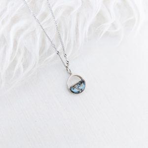 Dainty pendant